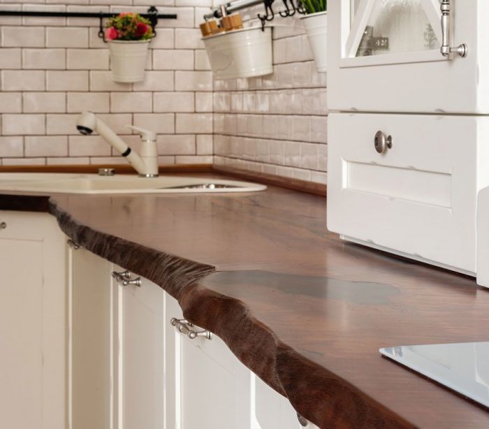 столешницы на кухню из массива