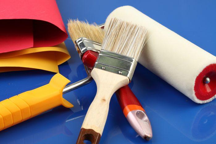 чем красить мебель