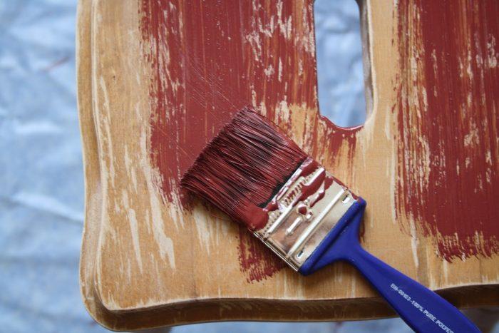 как и чем перекрасить мебель