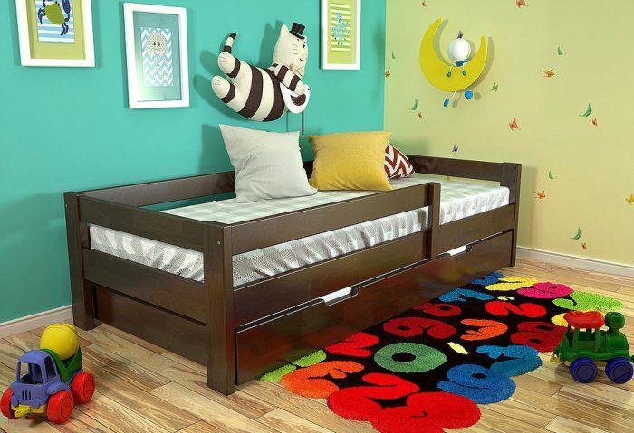 кровать с бортиками детская
