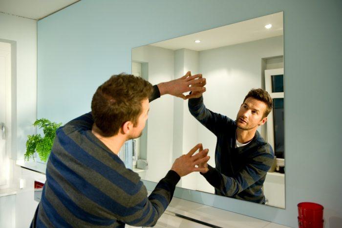 зеркало на стену монтаж