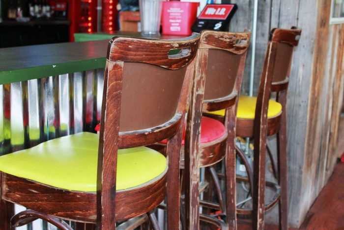 как перетянуть стулья