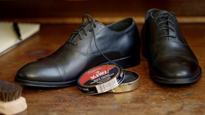 крем для обуви от царапин на мебели