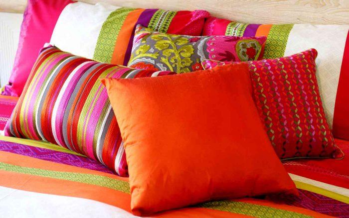 сделать подушку на диван