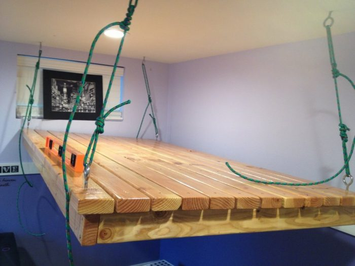 сборка подвесной кровати
