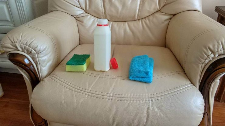 чем мыть диван экокожа