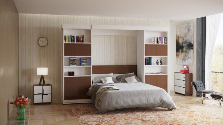 кровать и стена